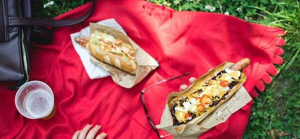 Frankfurter hotdog